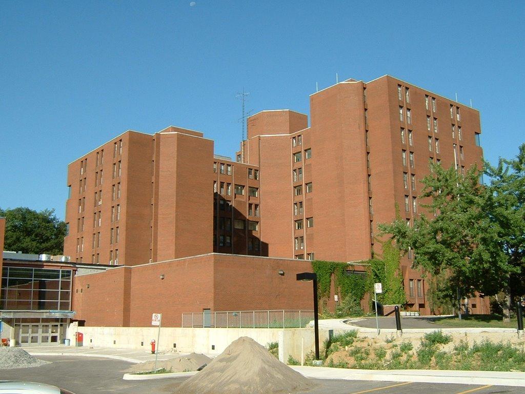 Lise Eğitiminizi Bronte College'da Alın!