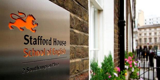 Stafford House School of English İngiltere ve Amerika Merkezlerinde İndirim